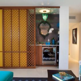 Кухонная зона за раздвижной перегородкой