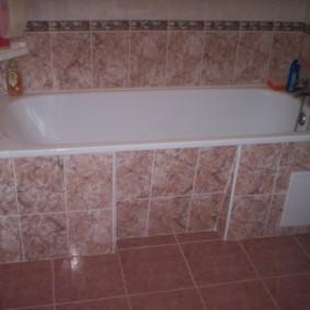 Облицовка ванны керамической плиткой на каркасе