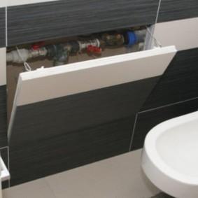Откидной люк под ванной в совмещенном санузле