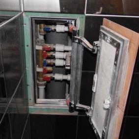 Сантехнические коммуникации в нише стены ванной