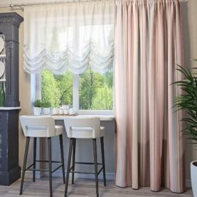 Дизайн кухни с односторонней шторой