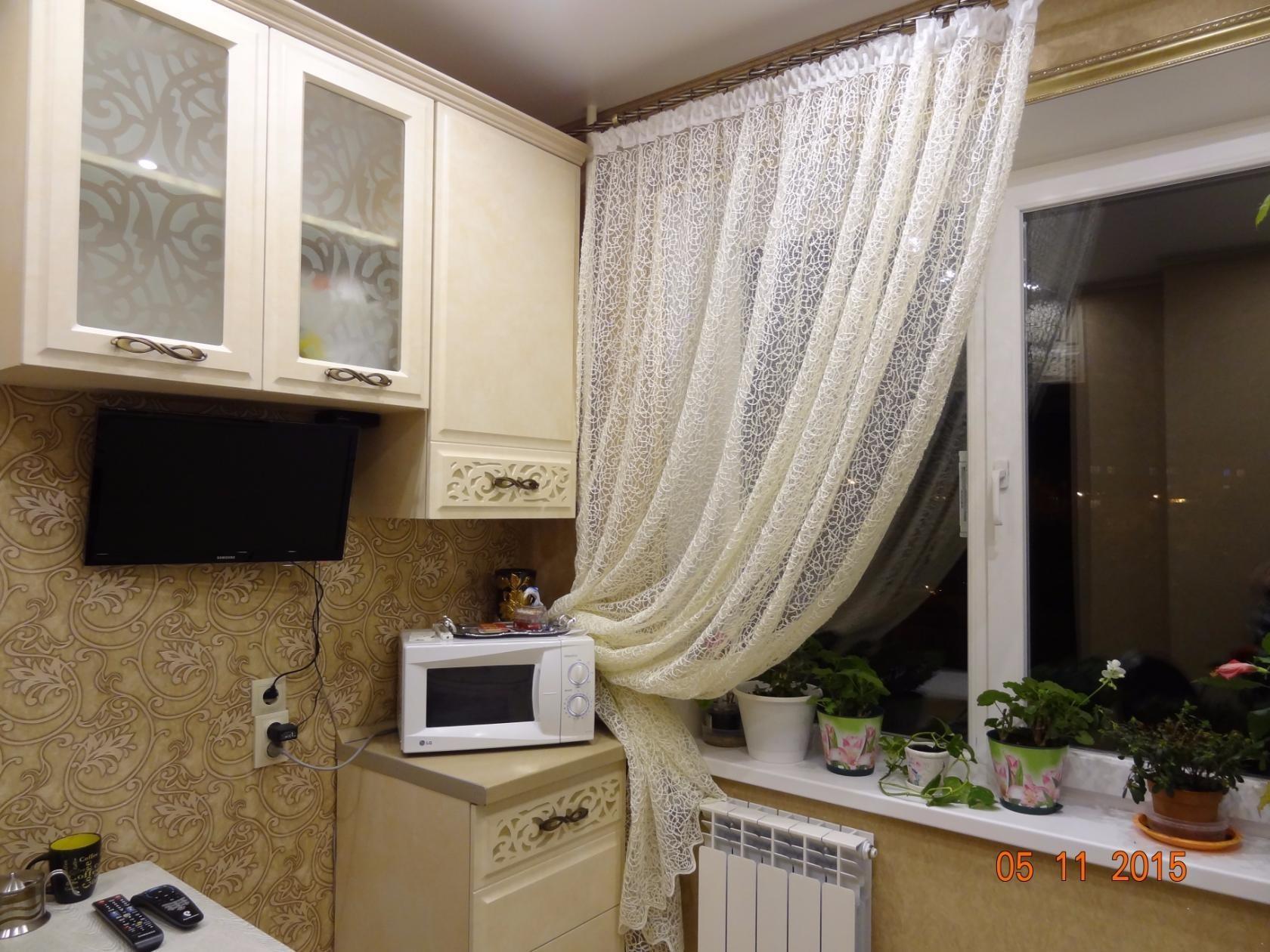 тюль и шторы длинные для кухни фото поражает