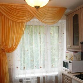 Односторонняя штора из атласной ткани