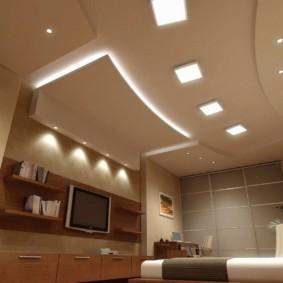 Встроенные светильники в подвесном потолке