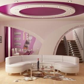 Натяжной потолок фиолетового цвета