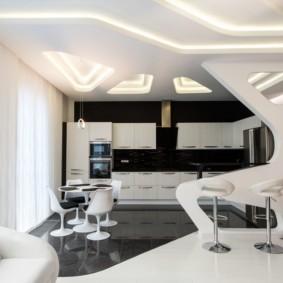 Светлые занавески в кухне гостиной стиля хай тек