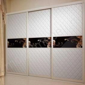 3d рисунок на дверцах шкафа-купе