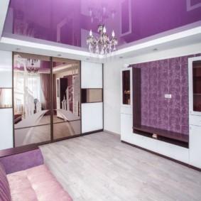 Сиреневый цвет в интерьере зала