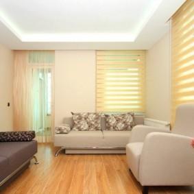 Рулонные шторы день-ночь в дизайне гостиной