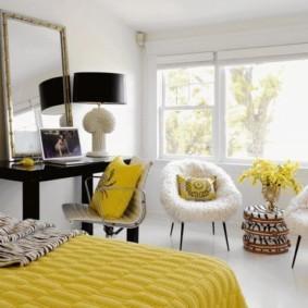 Желтый цвет в оформление спальни