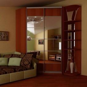 Зеркальные дверцы углового шкафа