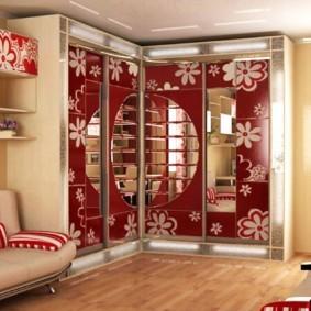 Дизайн зала со шкафом углового типа