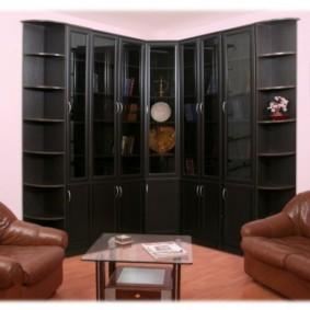 Стильный угловой шкаф черного цвета