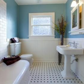 Комбинированная отделка стен ванной