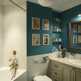 Картины в интерьере ванной загородного дома