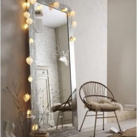 Декоративная подсветка напольного зеркала