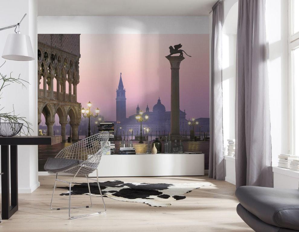 Фотообои в интерьере современного зала
