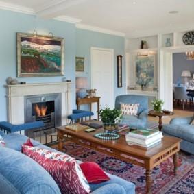 гостиная комната в голубых тонах декор