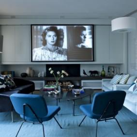 гостиная комната в голубых тонах интерьер