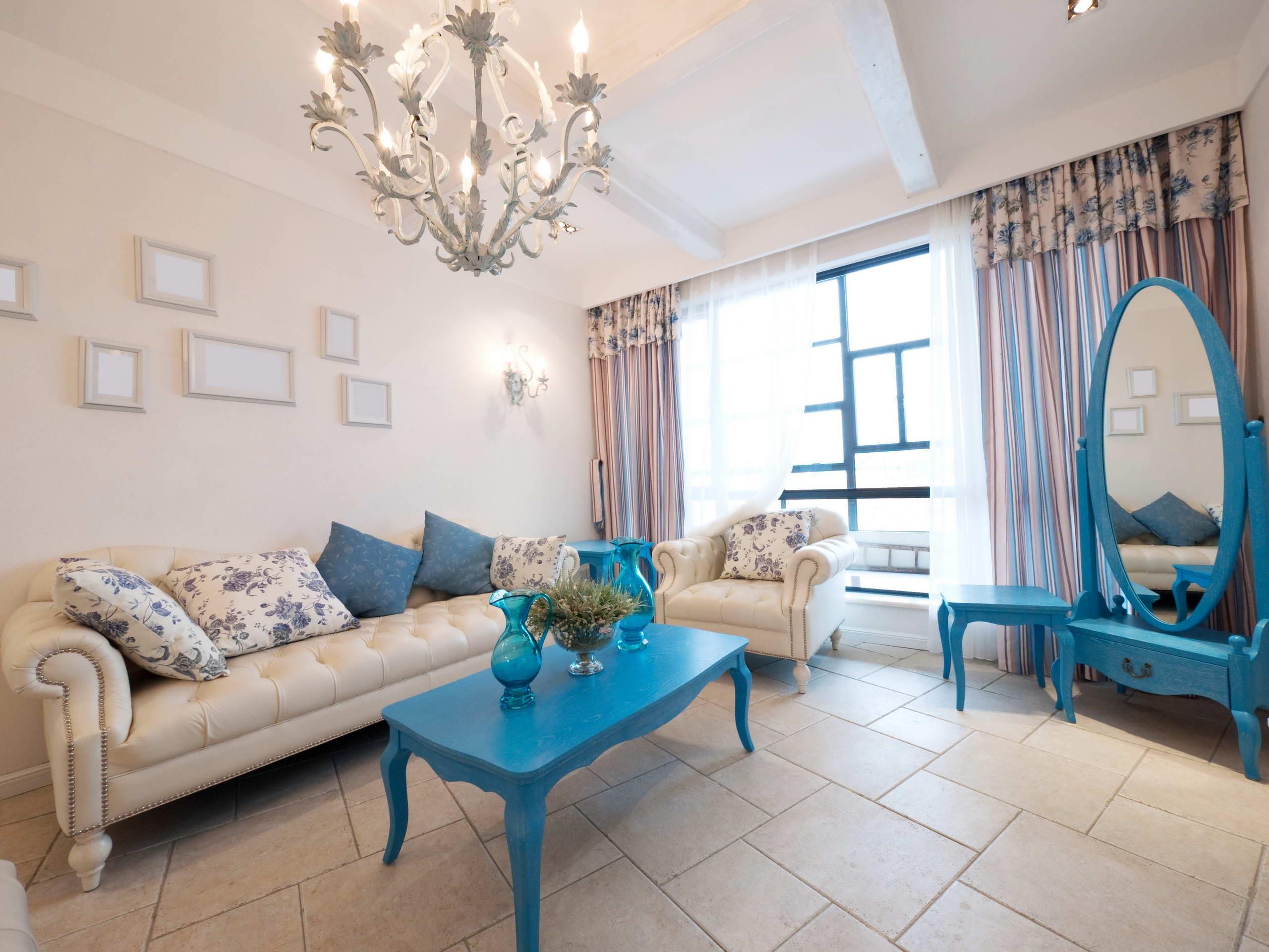 гостиная комната в голубых тонах идеи