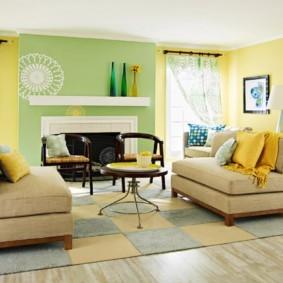 гостиная комната в зелёном цвете декор фото