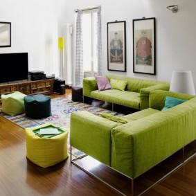 гостиная комната в зелёном цвете дизайн фото
