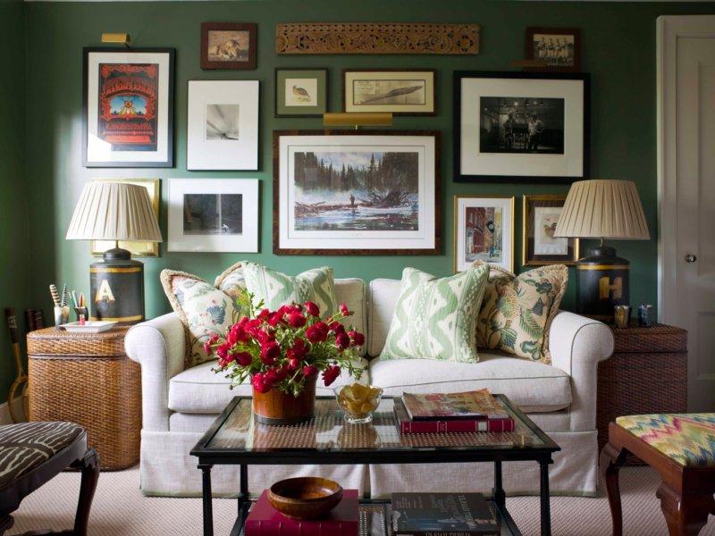 гостиная комната в зелёном цвете фото декора