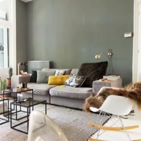Серый цвет в дизайне зал частного дома