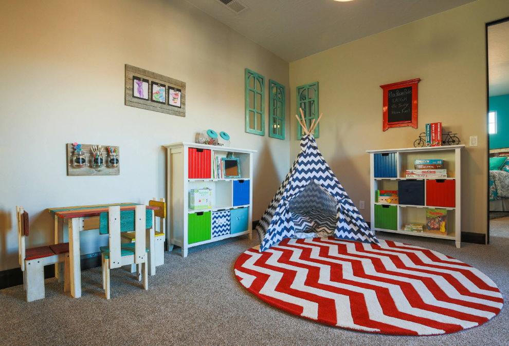 Игровая зона в комнате для двух девочек