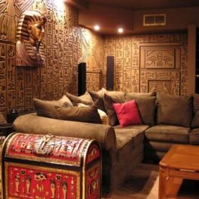 Уютная гостиная в восточном стиле