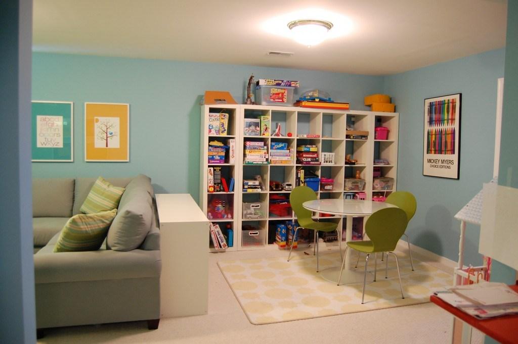 гостиная для семьи с ребенком