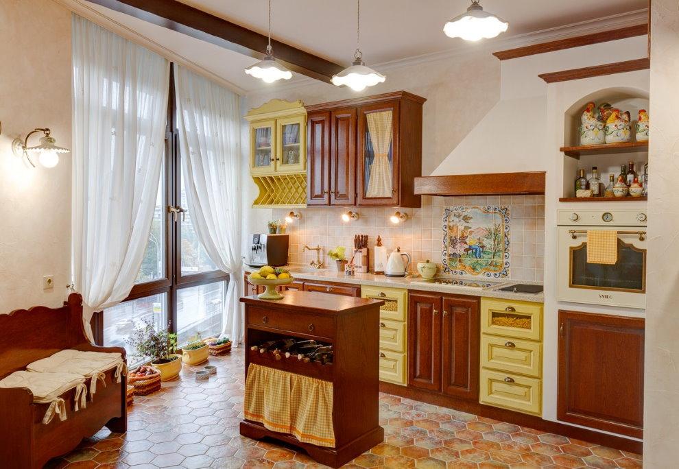 Кухня в стиле кантри в квартире многоэтажного дома