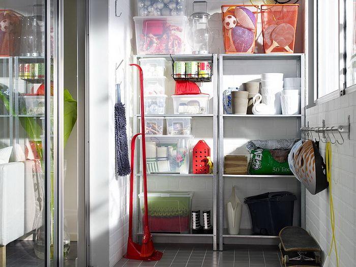 Система хранения на балконе квартиры