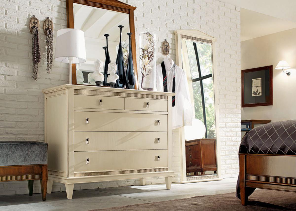 комод с зеркалом в спальню оформление