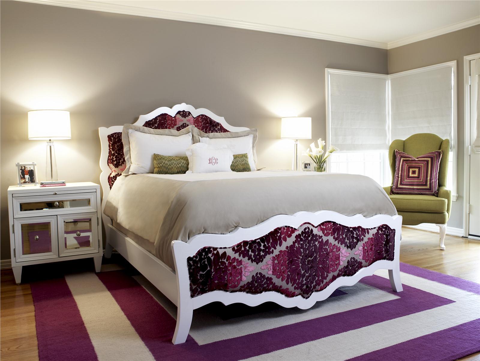 фиолетовый ковер в спальню