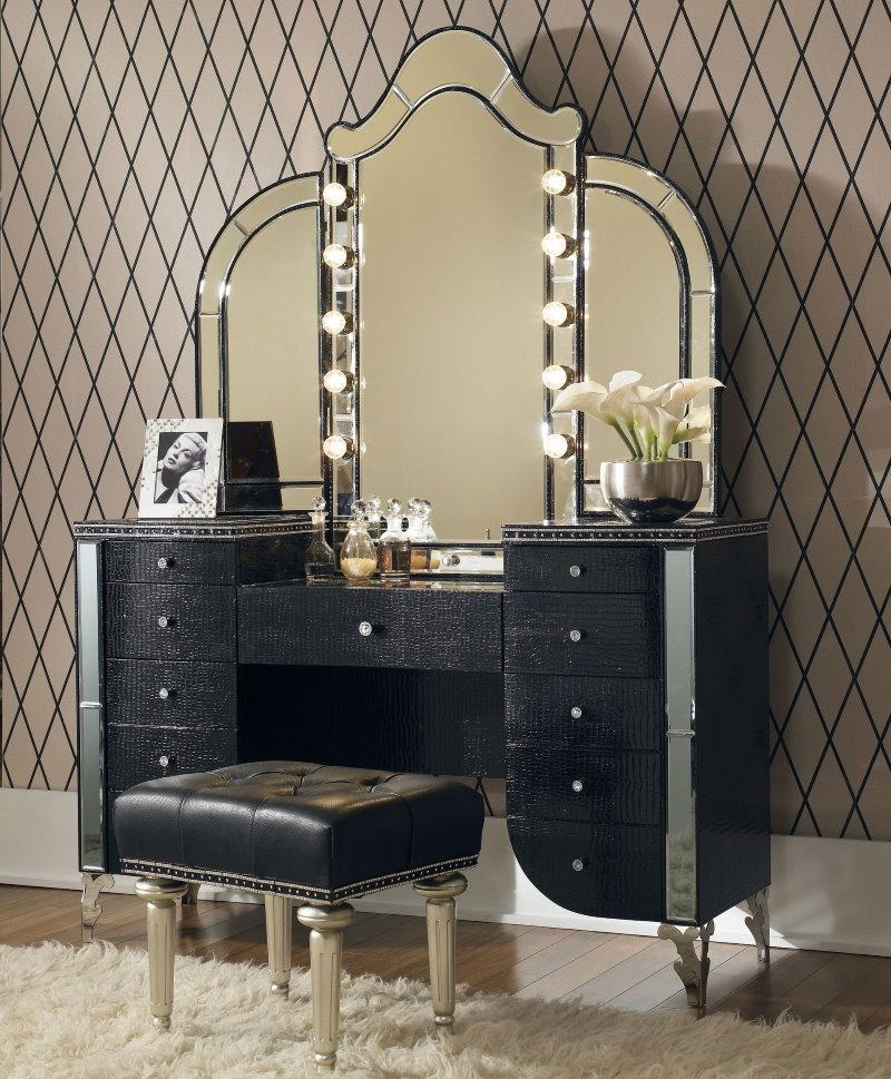 Туалетный столик для спальни в стиле барокко