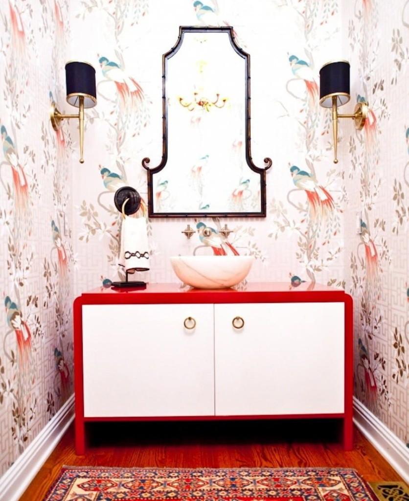 Мебель с акриловой столешницей в ванной комнате