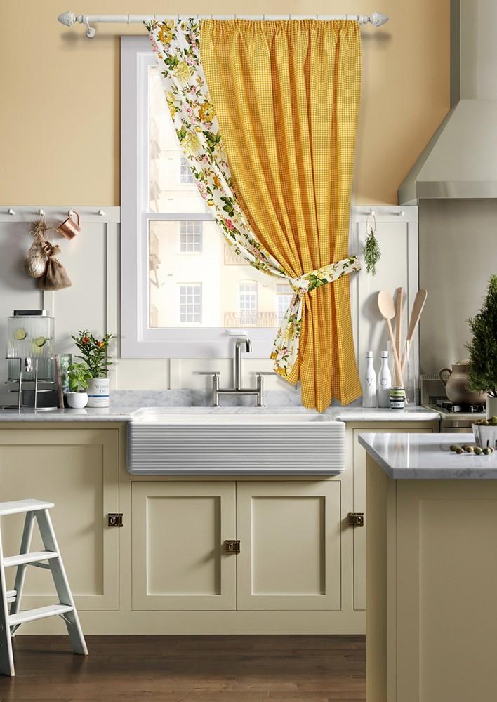 Кухонная штора на одну сторону из яркой ткани