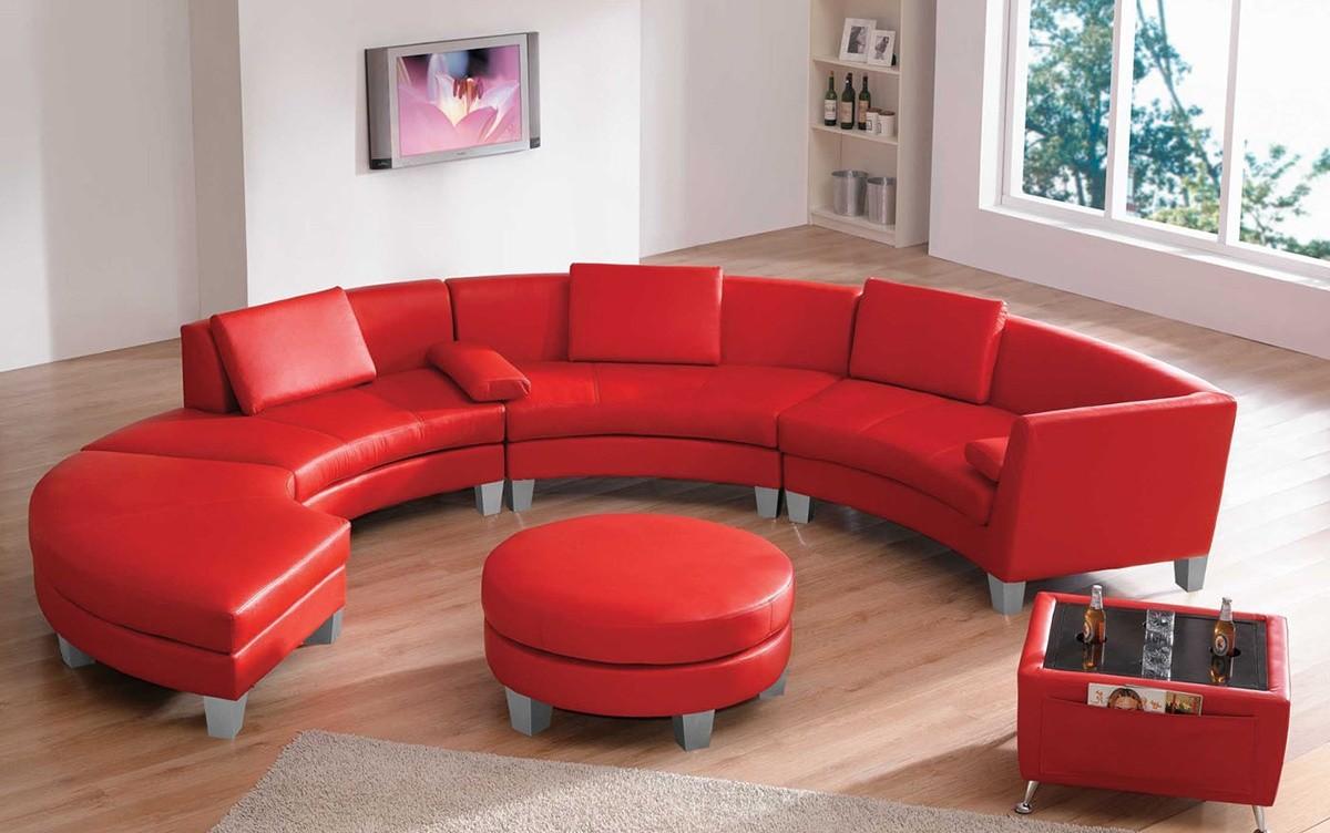 красный радиусный диван