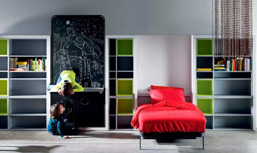 Кровать-трансформер в детской для мальчика и девочки