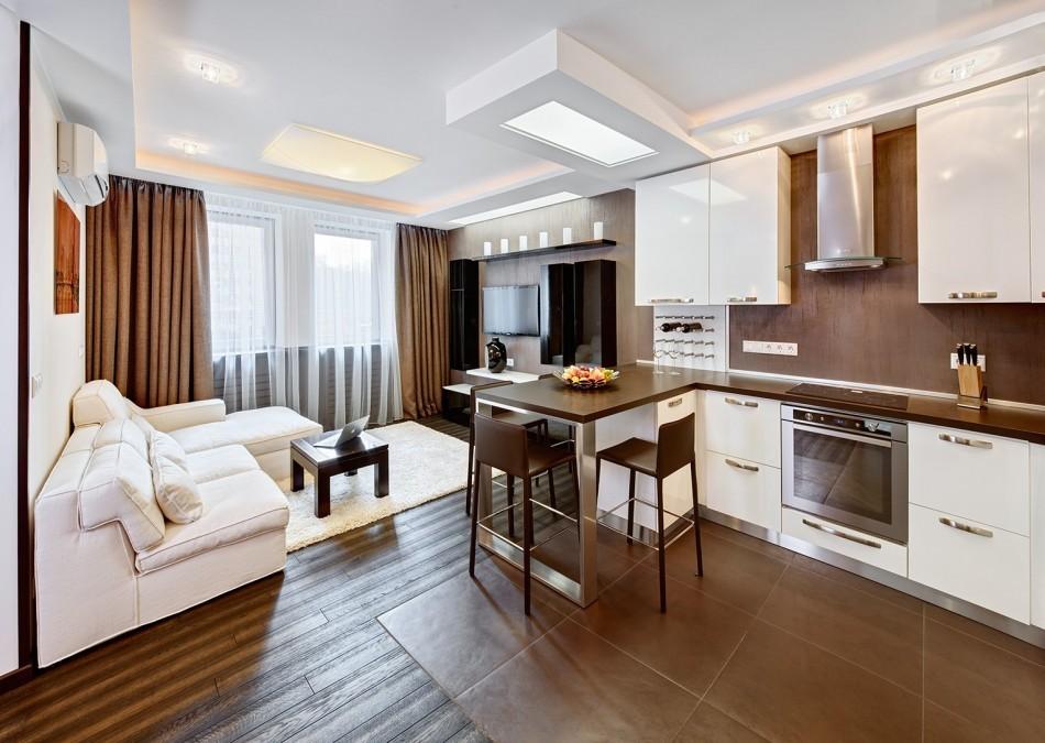 Коричневый пол в кухне-гостиной