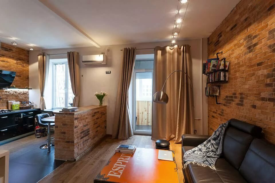 Квартира-студия с балконом в духе лофта