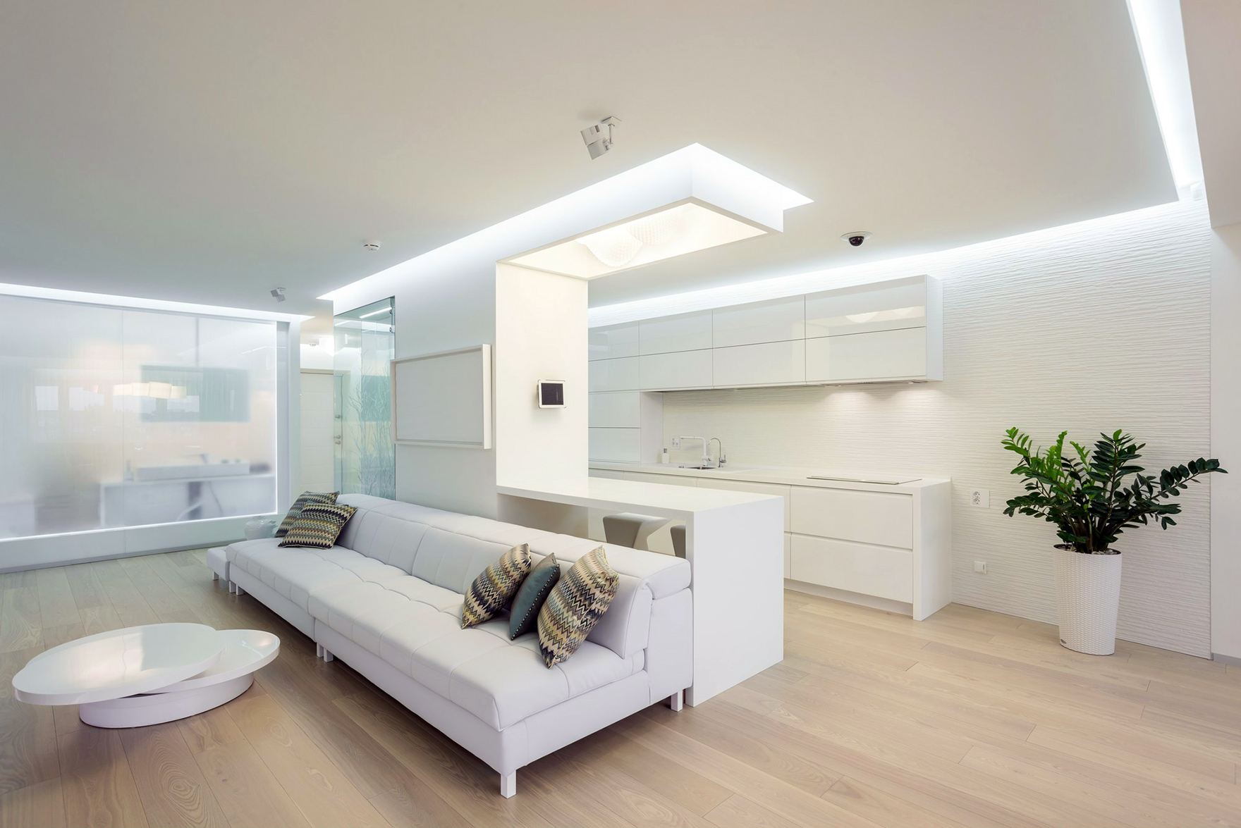 квартира в светлых тонах и современном стиле фото