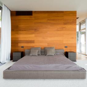 ламинат на стене в спальне декор идеи