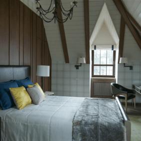 ламинат на стене в спальне фото оформления