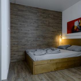 ламинат на стене в спальне варианты идеи