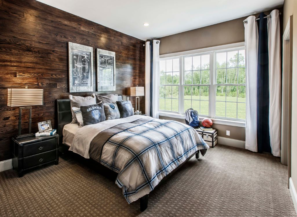 ламинат на стене в спальне фото декор