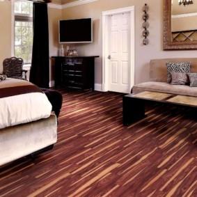 линолеум для спальной комнаты интерьер