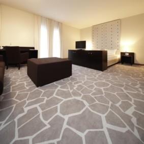 линолеум для спальной комнаты оформление
