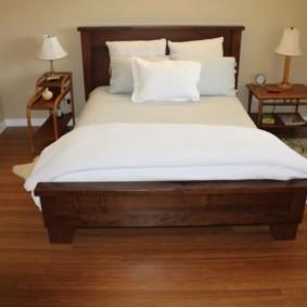 линолеум для спальной комнаты варианты
